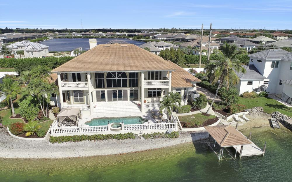 5900 Harborage Dr, Fort Myers - Home For Sale 373450573