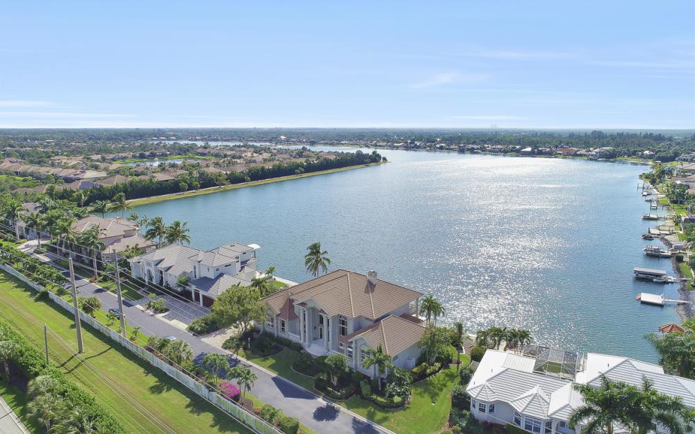 5900 Harborage Dr, Fort Myers - Home For Sale 1130686494