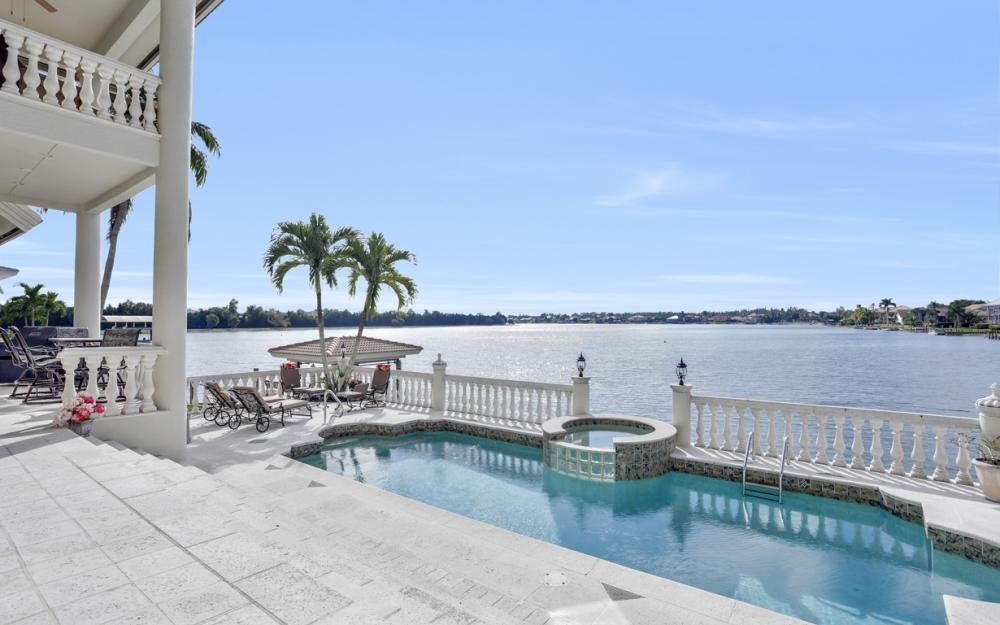 5900 Harborage Dr, Fort Myers - Home For Sale 1238680589