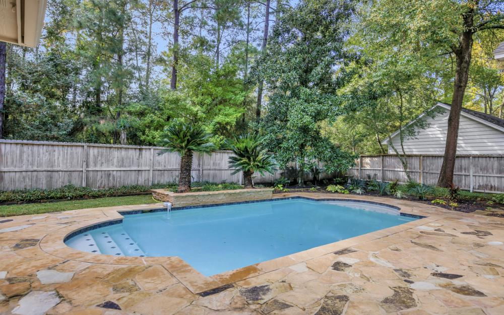 10 Thistlewood Pl, The Woodlands - Home For Sale 518601224