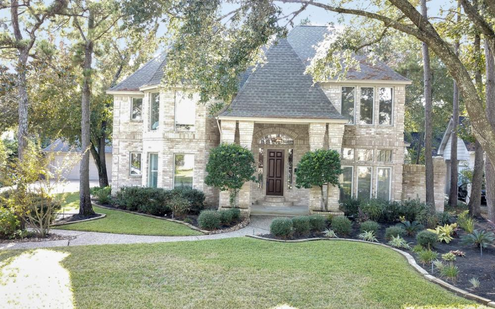 10 Thistlewood Pl, The Woodlands - Home For Sale 617819350