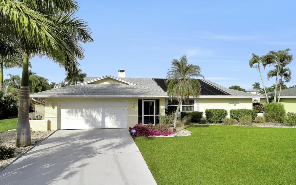 1919 Savona Pkwy, Cape Coral - Home For Sale 48763882