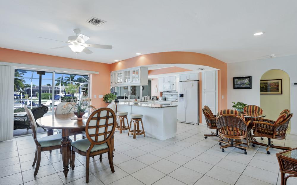 1919 Savona Pkwy, Cape Coral - Home For Sale 1966435679