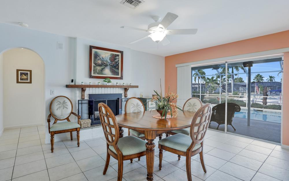 1919 Savona Pkwy, Cape Coral - Home For Sale 696377079