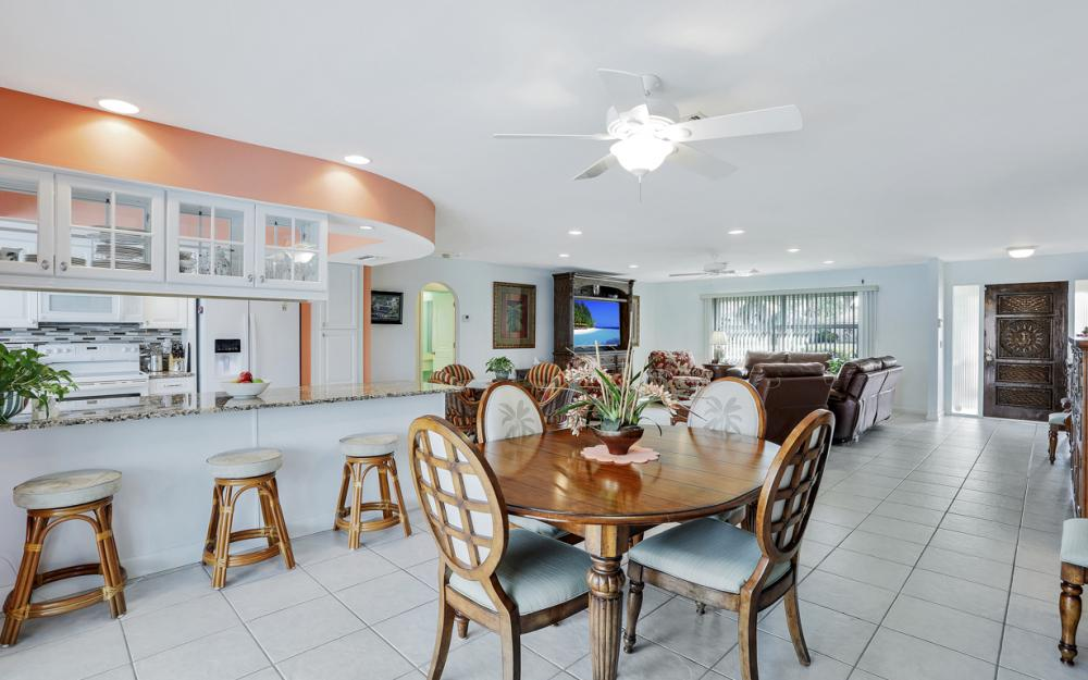 1919 Savona Pkwy, Cape Coral - Home For Sale 226195732