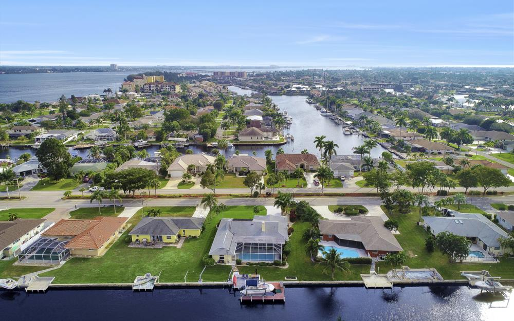 1919 Savona Pkwy, Cape Coral - Home For Sale 1249922180