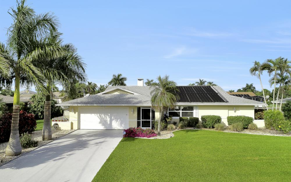 1919 Savona Pkwy, Cape Coral - Home For Sale 952177751