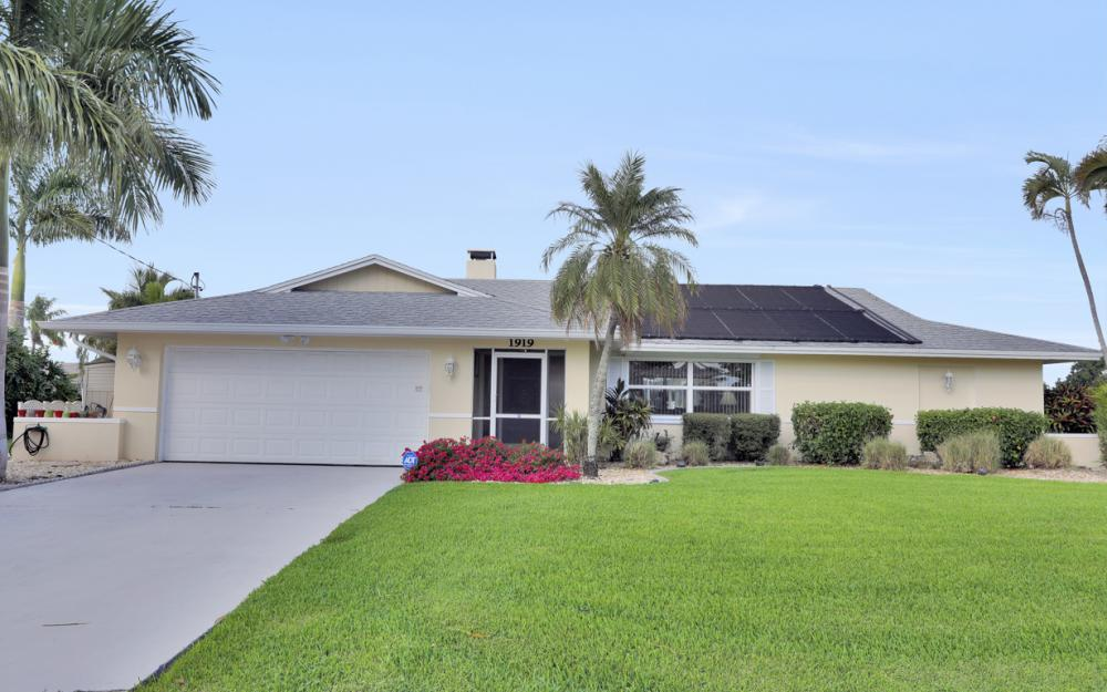 1919 Savona Pkwy, Cape Coral - Home For Sale 1757058409