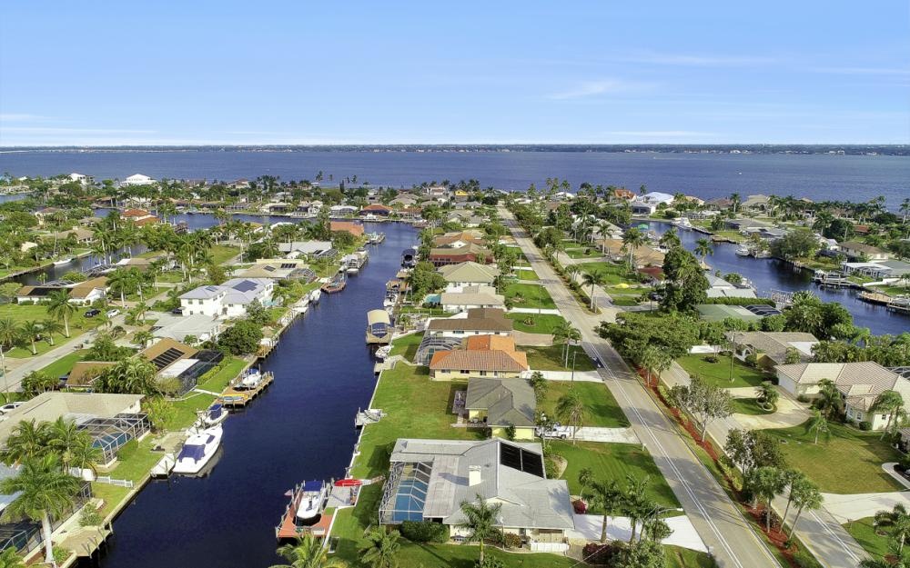 1919 Savona Pkwy, Cape Coral - Home For Sale 1759883860