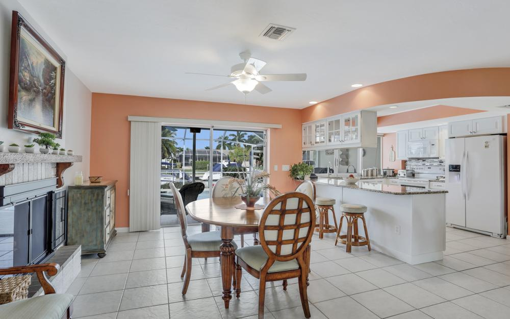 1919 Savona Pkwy, Cape Coral - Home For Sale 598233527
