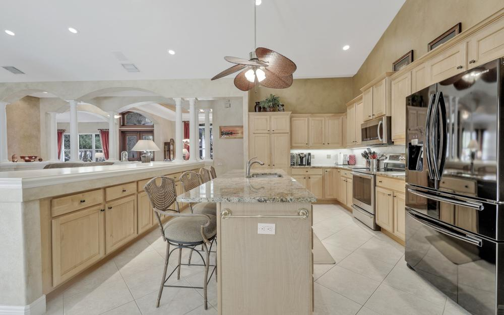 13931 Blenheim Trail Rd, Fort Myers - Home For Sale 1932454937