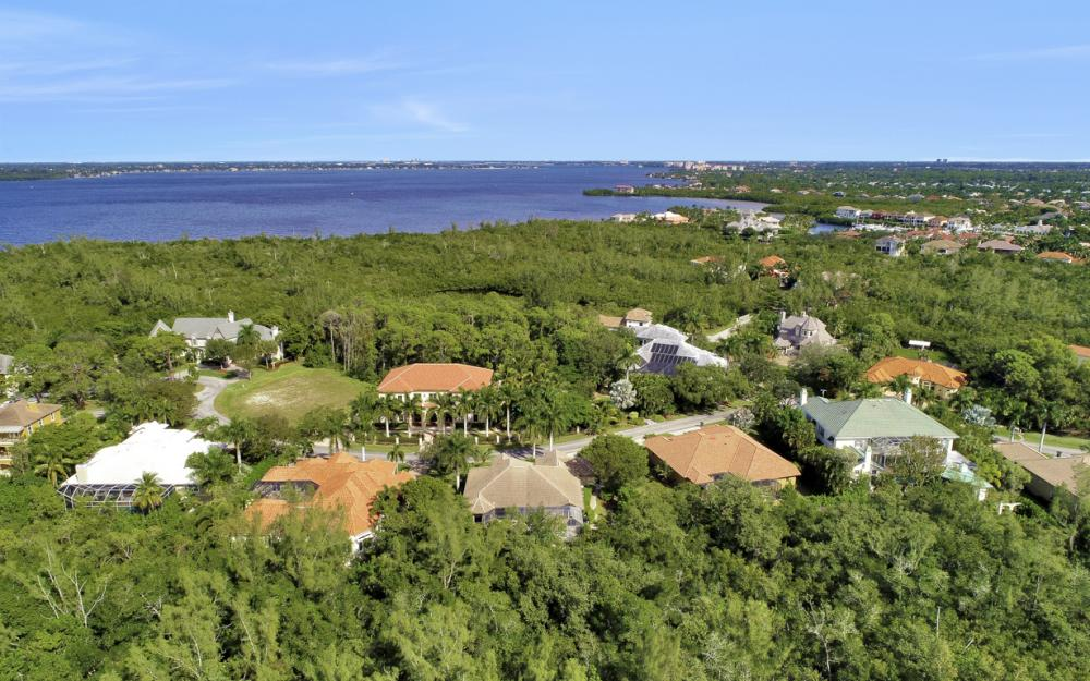 13931 Blenheim Trail Rd, Fort Myers - Home For Sale 1108352576