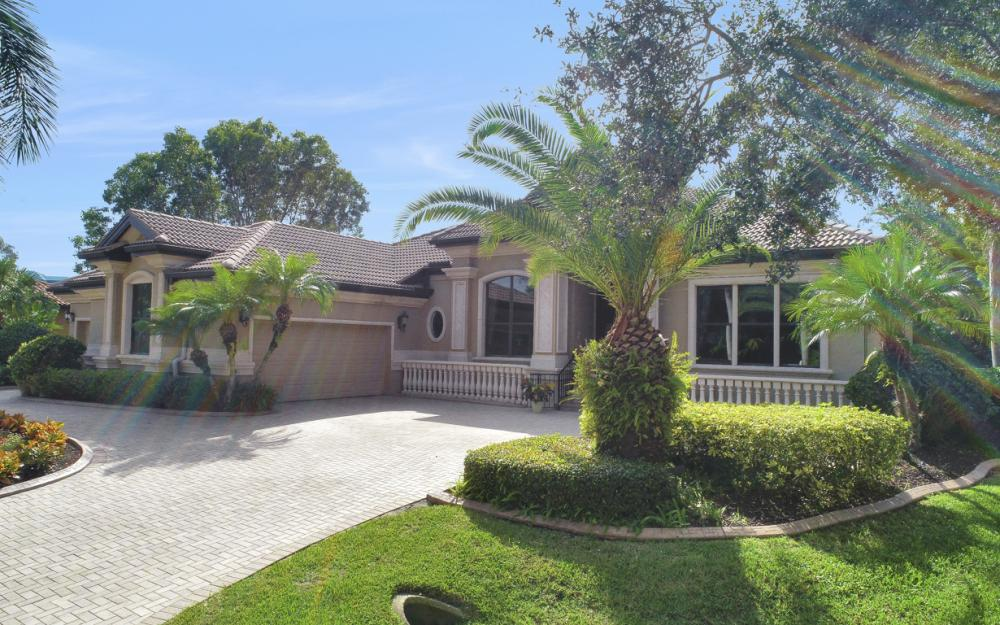 13931 Blenheim Trail Rd, Fort Myers - Home For Sale 1042105866