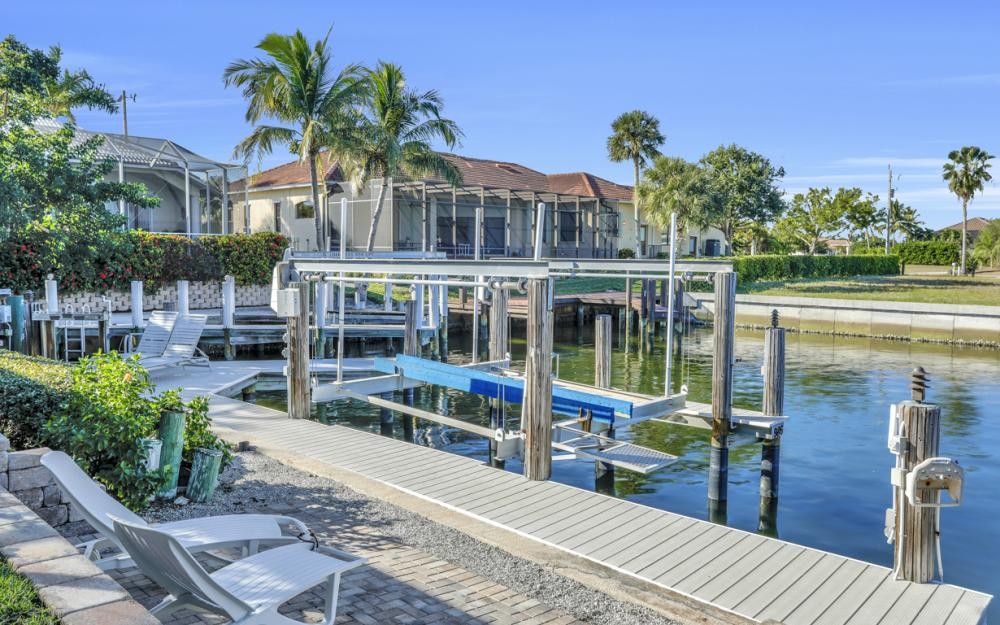 986 Aster Ct, Marco Island - Home For Sale 896315071