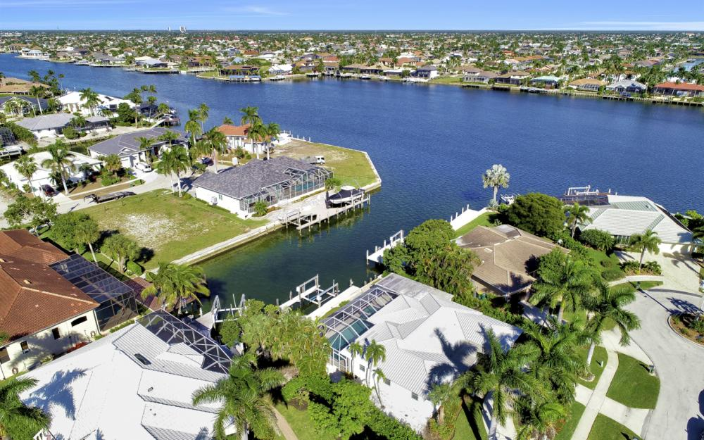 986 Aster Ct, Marco Island - Home For Sale 1155180884