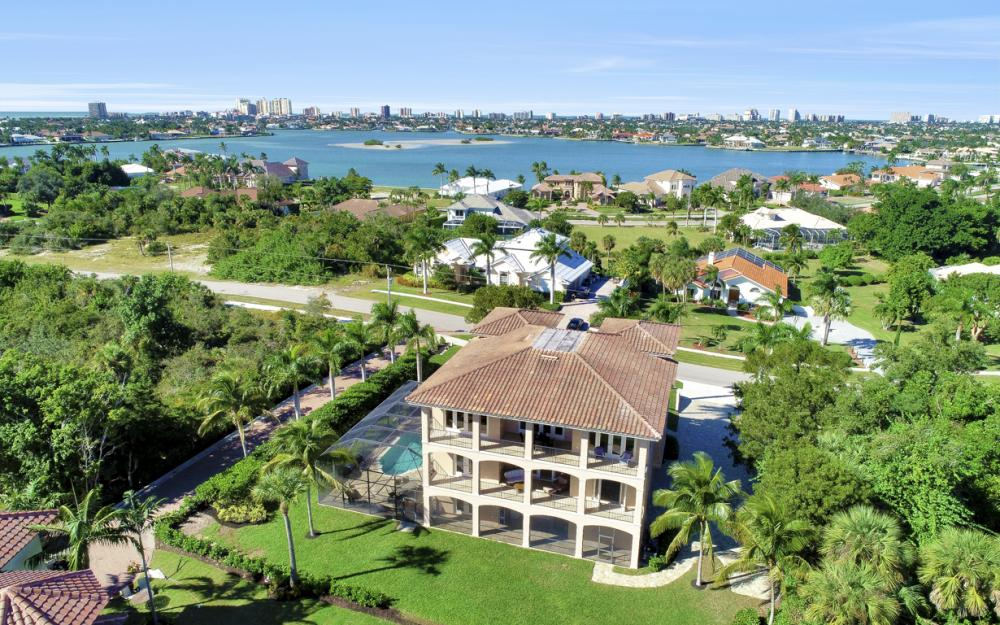 631 Inlet Dr, Marco Island - Home For Sale 146031936