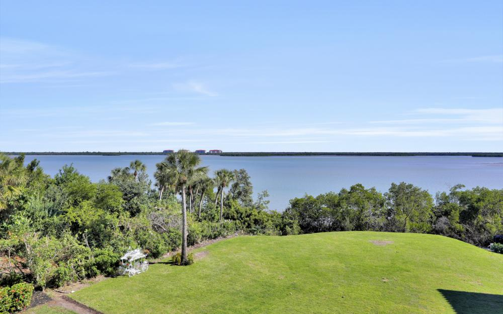 631 Inlet Dr, Marco Island - Home For Sale 1337474897