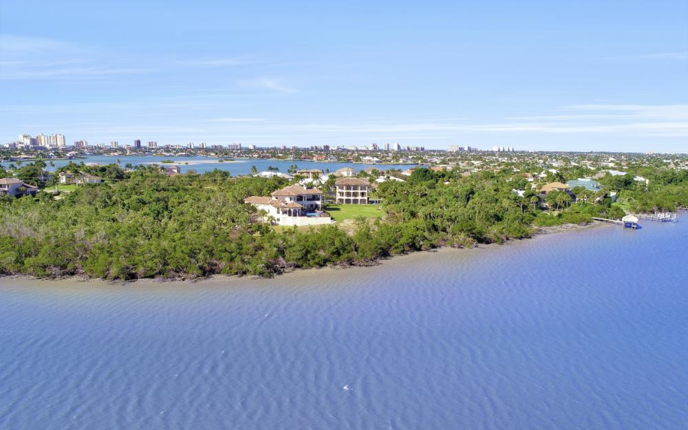 631 Inlet Dr, Marco Island - Home For Sale 609846340