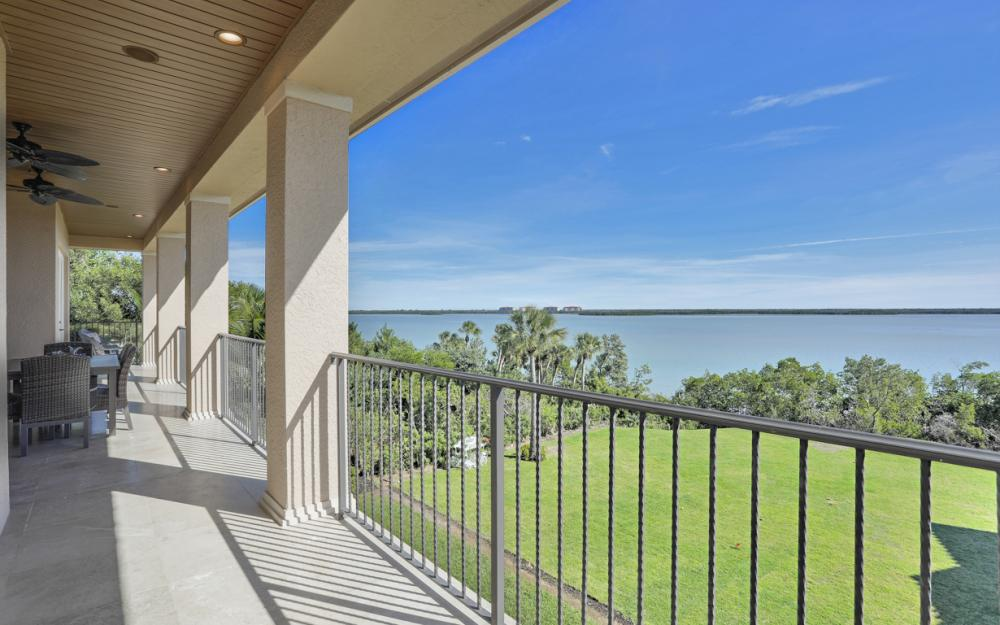 631 Inlet Dr, Marco Island - Home For Sale 630197447