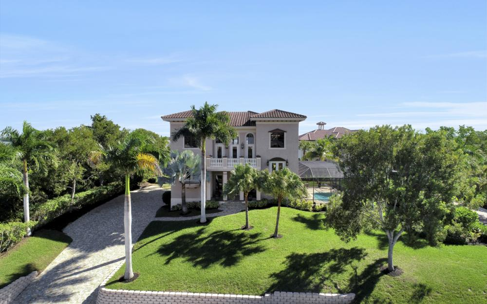631 Inlet Dr, Marco Island - Home For Sale 1982592808