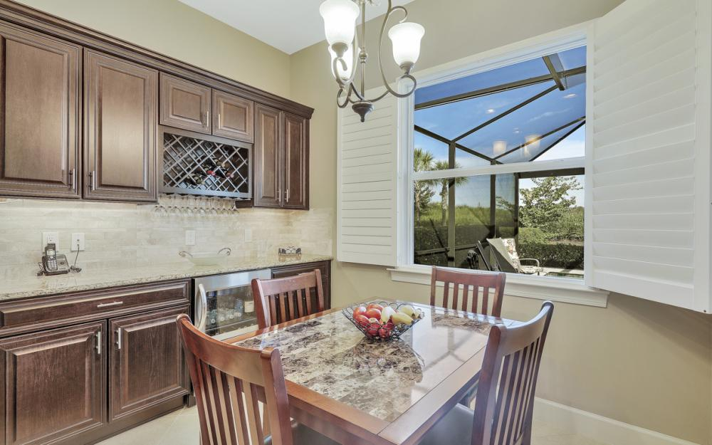 9263 Fieldstone Ln, Naples - Home For Sale 256431571