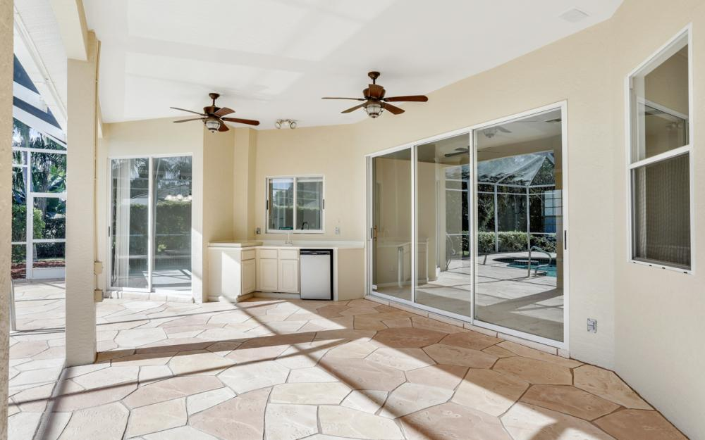 8920 Creek Run Dr, Bonita Springs - Home For Sale 55470521