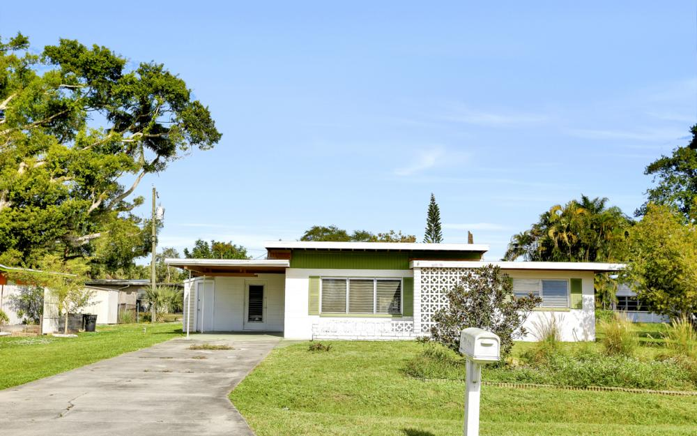 2119 Sunrise Blvd, Fort Myers - Home For Sale 968419282