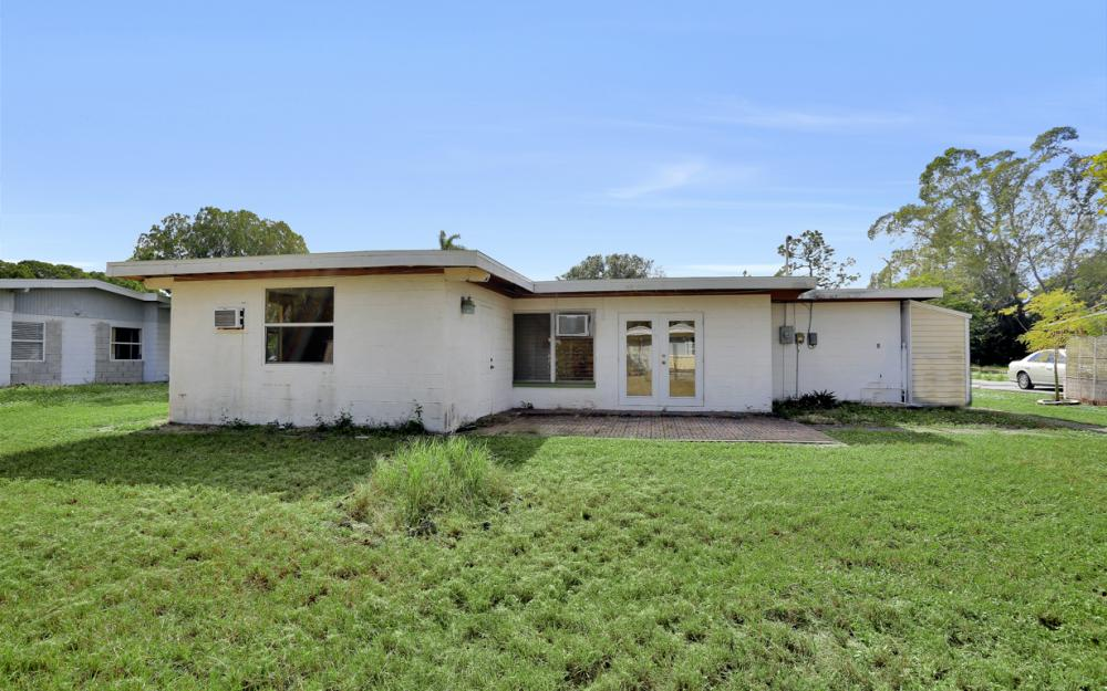 2119 Sunrise Blvd, Fort Myers - Home For Sale 792860587