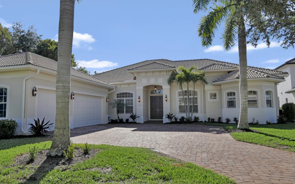 6845 Il Regalo Cir Naples - Home For Sale 1564428372