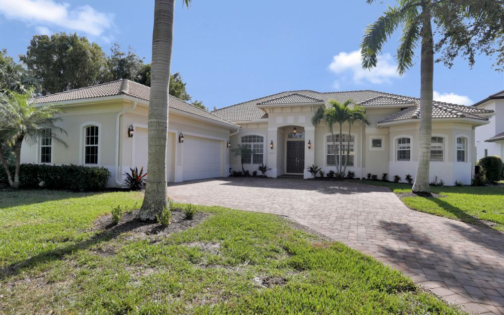 6845 Il Regalo Cir Naples - Home For Sale 41117797