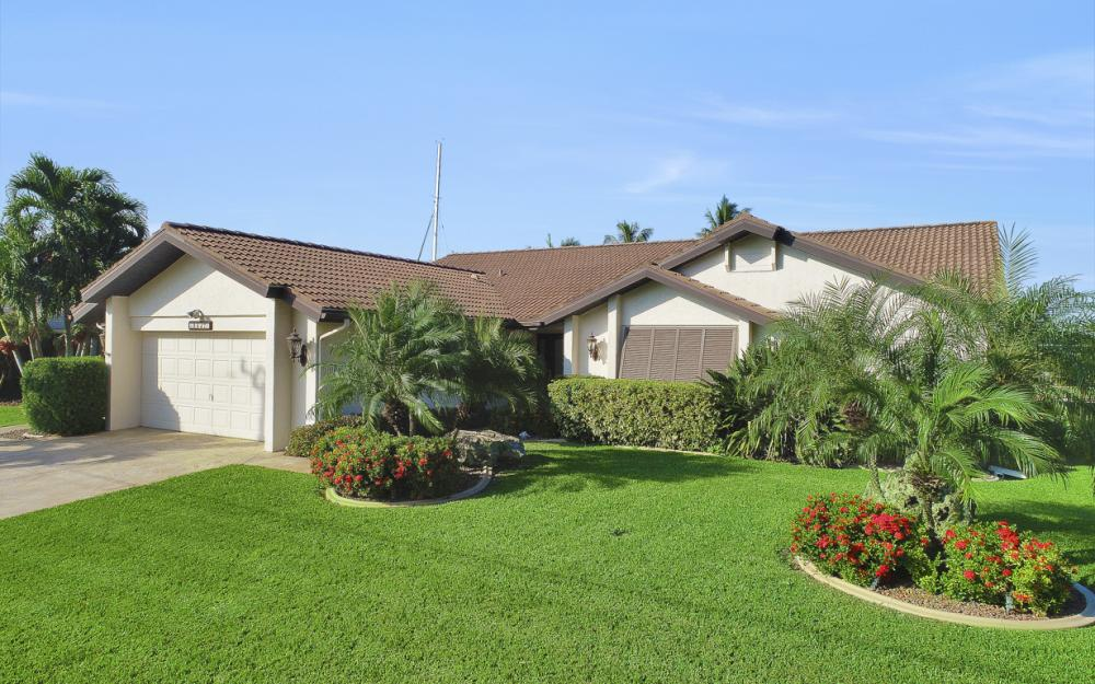 1427 SW 53rd Ln, Cape Coral - Home For Sale 139286107