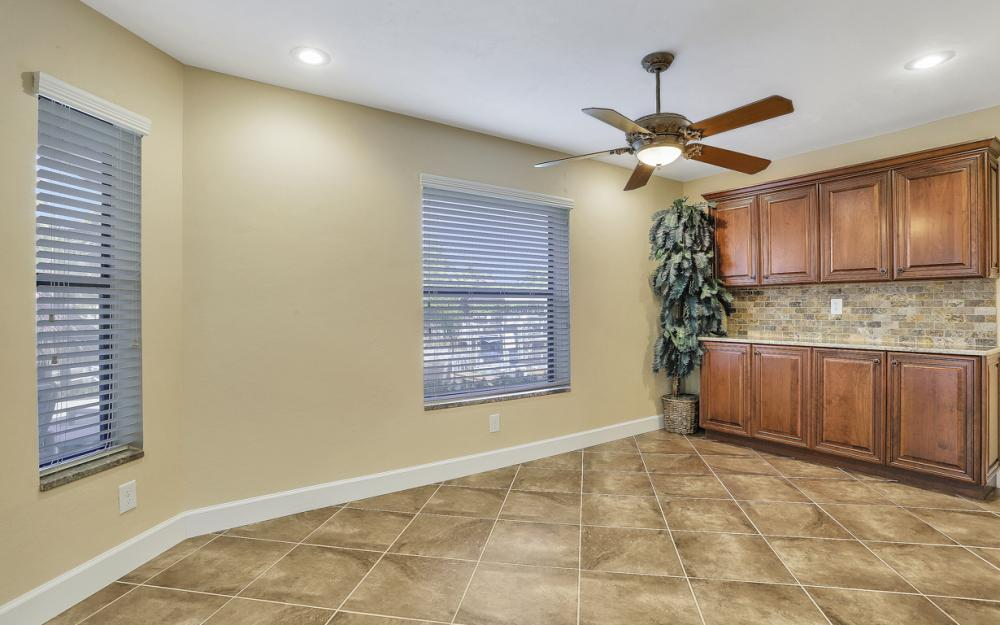 1427 SW 53rd Ln, Cape Coral - Home For Sale 471604957