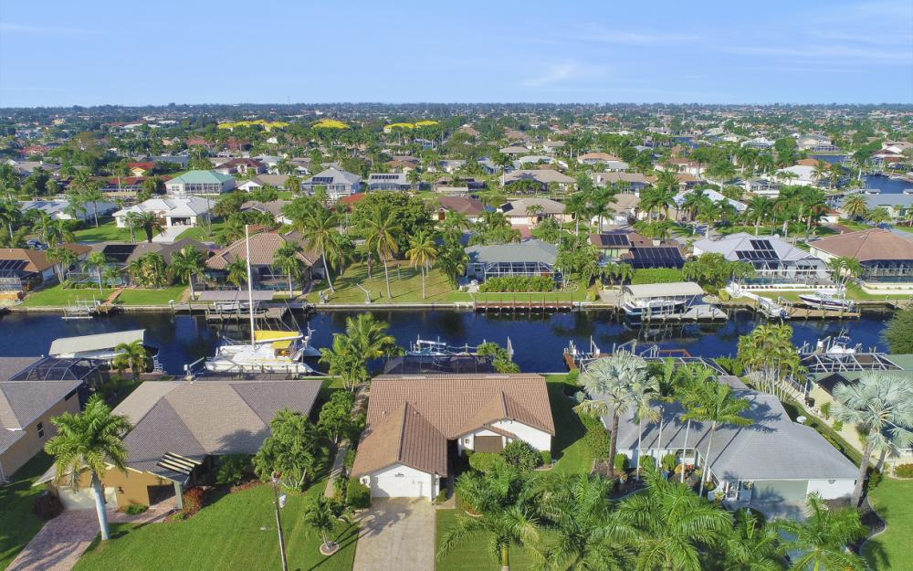 1427 SW 53rd Ln, Cape Coral - Home For Sale 1692731463