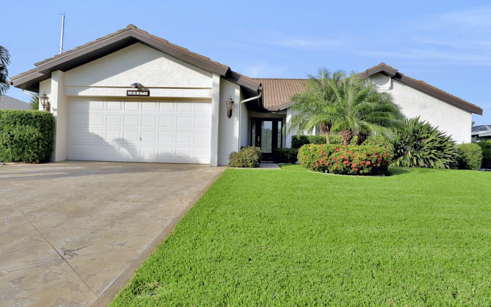 1427 SW 53rd Ln, Cape Coral - Home For Sale 1640157039