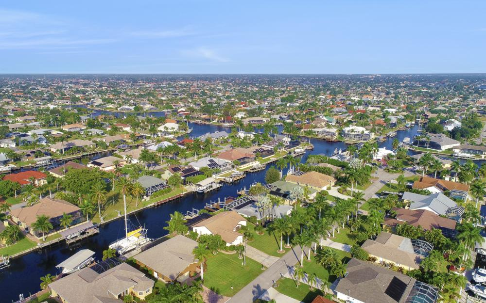 1427 SW 53rd Ln, Cape Coral - Home For Sale 1759227294