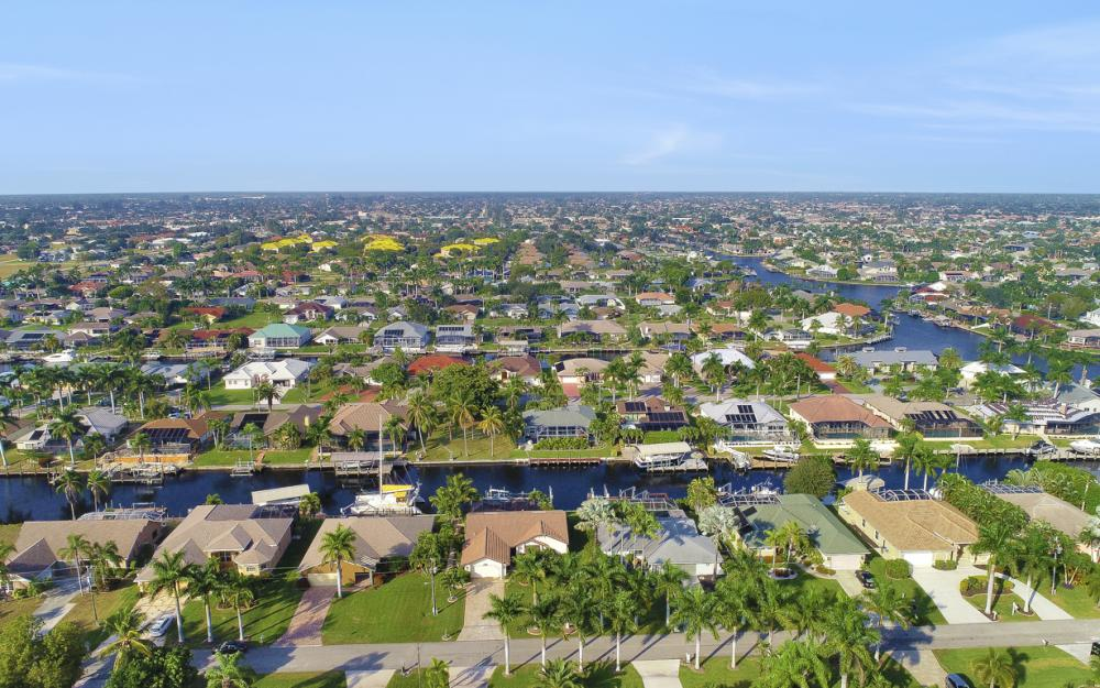 1427 SW 53rd Ln, Cape Coral - Home For Sale 107930533