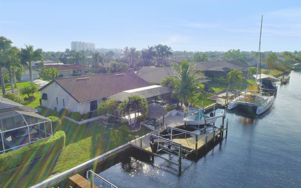 1427 SW 53rd Ln, Cape Coral - Home For Sale 1773739356