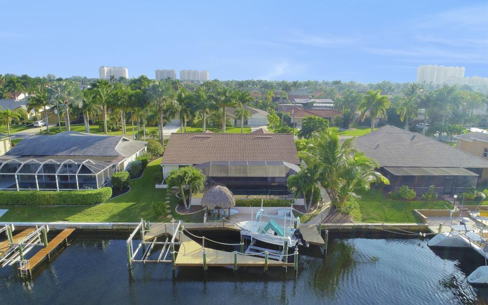 1427 SW 53rd Ln, Cape Coral - Home For Sale 641242178