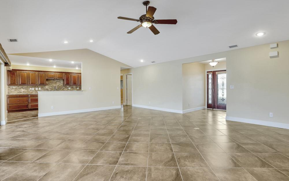 1427 SW 53rd Ln, Cape Coral - Home For Sale 1476643073