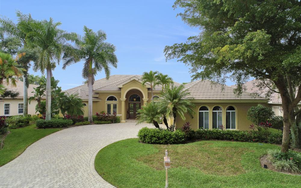 23004 Shady Knoll Dr, Estero - Home For Sale 2059183061