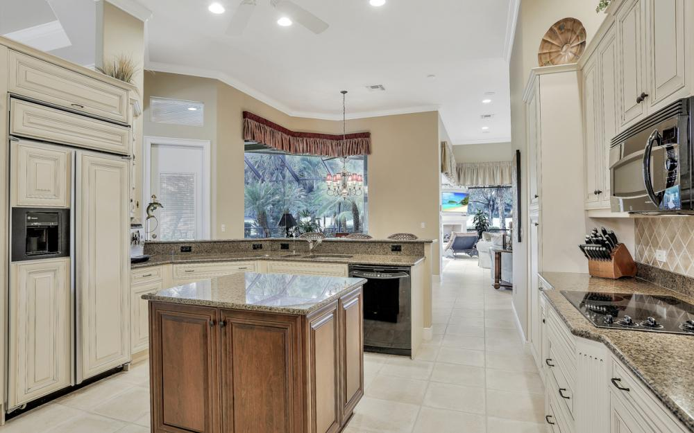23004 Shady Knoll Dr, Estero - Home For Sale 2014004207