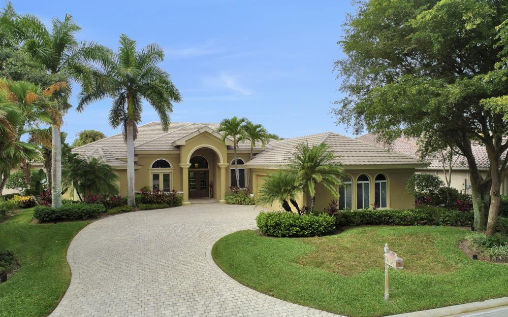 23004 Shady Knoll Dr, Estero - Home For Sale 31270514