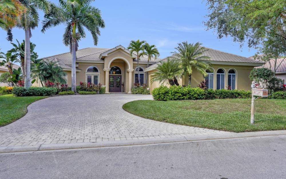 23004 Shady Knoll Dr, Estero - Home For Sale 1018336660