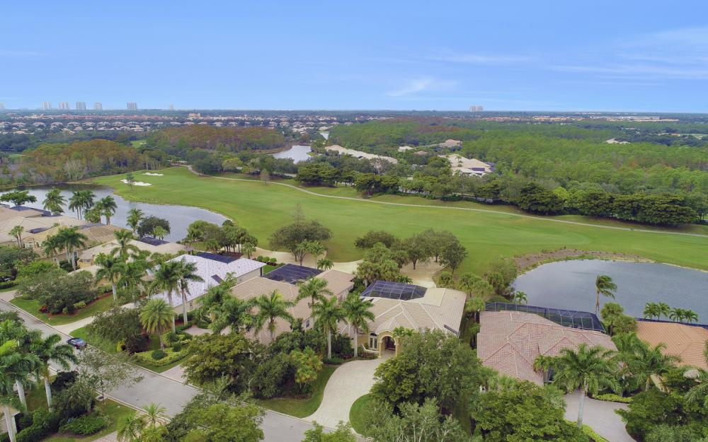 23004 Shady Knoll Dr, Estero - Home For Sale 2043307162