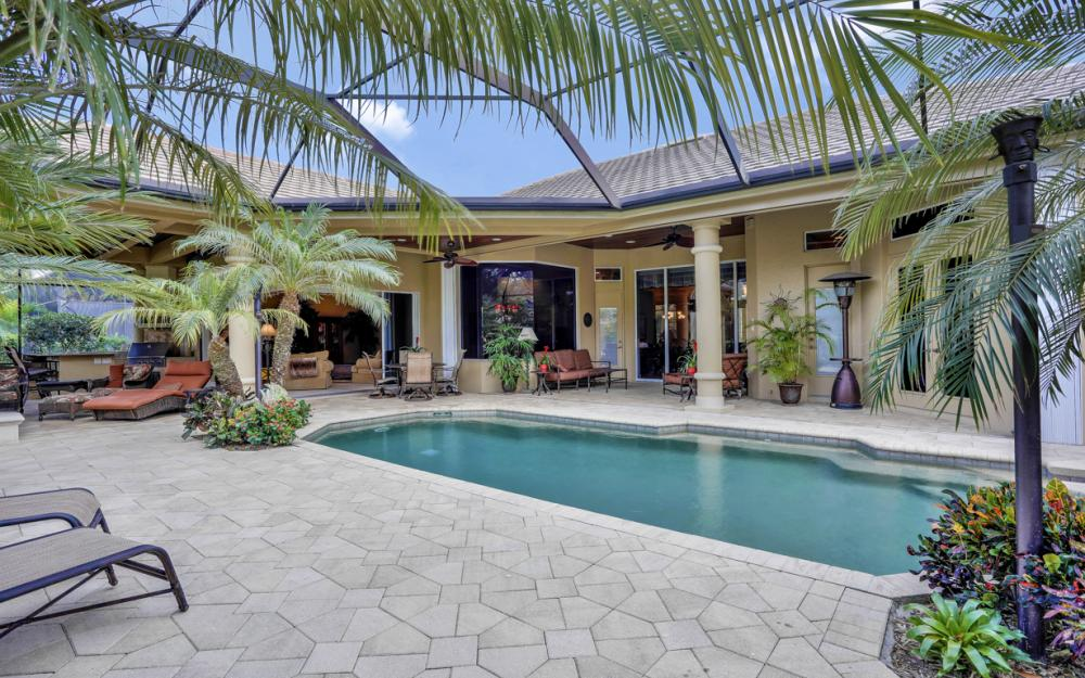 23004 Shady Knoll Dr, Estero - Home For Sale 43259341