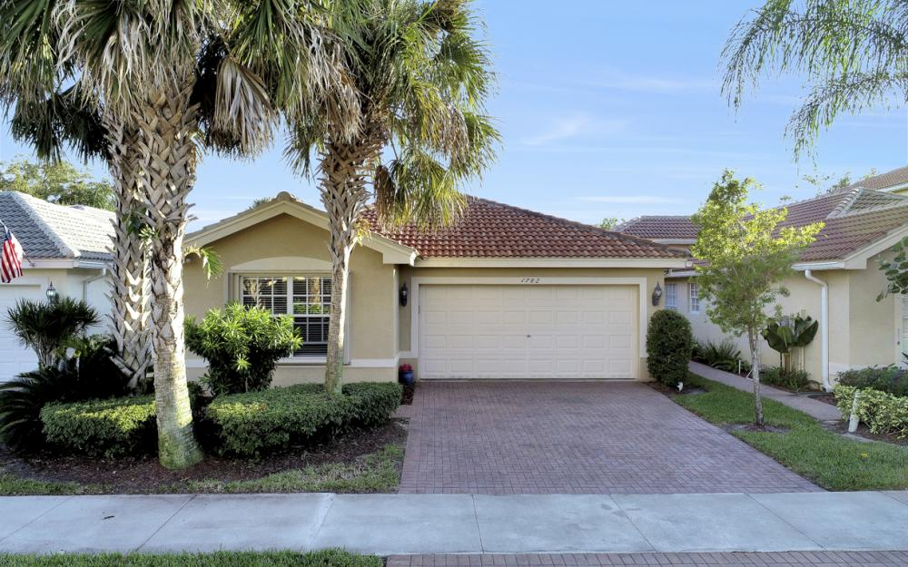 1782 Ribbon Fan Ln, Naples - Home For Sale 1855199770