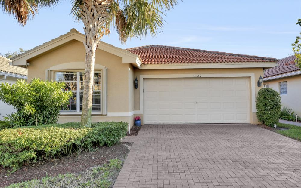 1782 Ribbon Fan Ln, Naples - Home For Sale 175629641