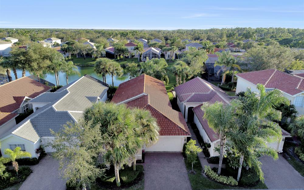 1782 Ribbon Fan Ln, Naples - Home For Sale 2143481229