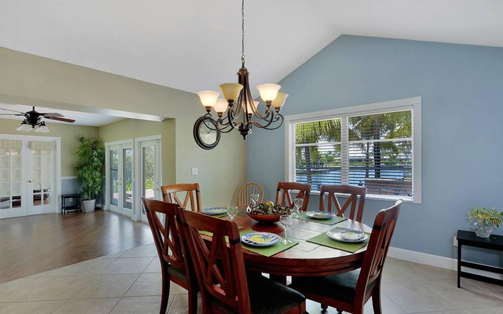 300 Capistrano Ct, Marco Island - House For Sale 225232572