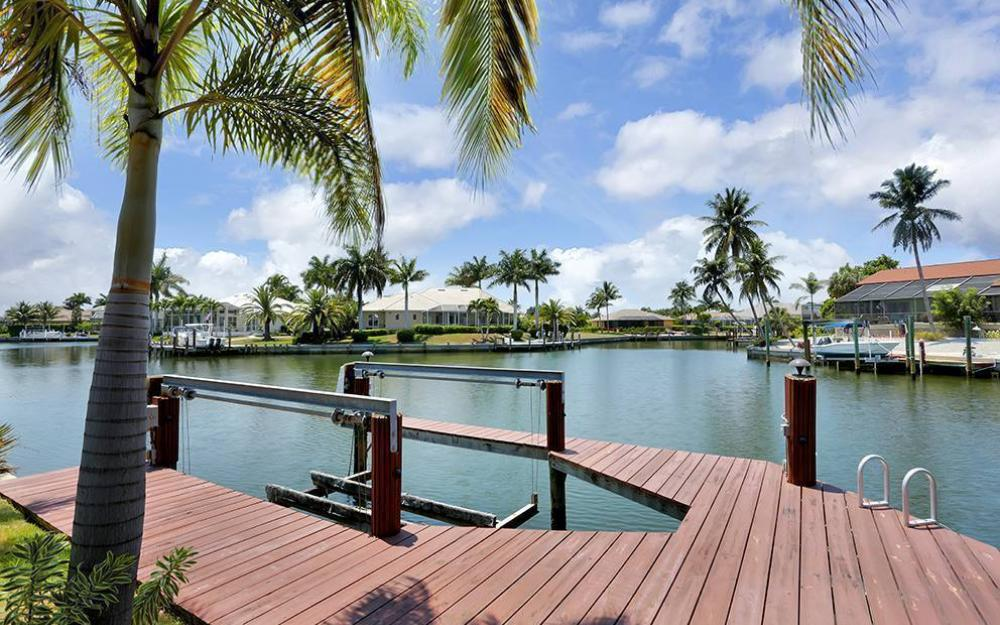 300 Capistrano Ct, Marco Island - House For Sale 1125059700